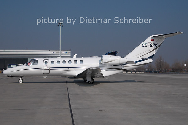 2011-02-28 OE-GPK Cessna 525B