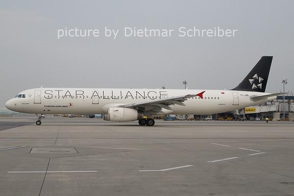 2011-04-28 TC-JRB AIrbus A321 THY