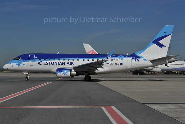 2012-04-27 ES-AEB Embraer 170 Estonian
