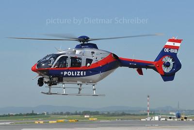 2012-04-30 OE-BXB Eurocopter 135 Austrian Police