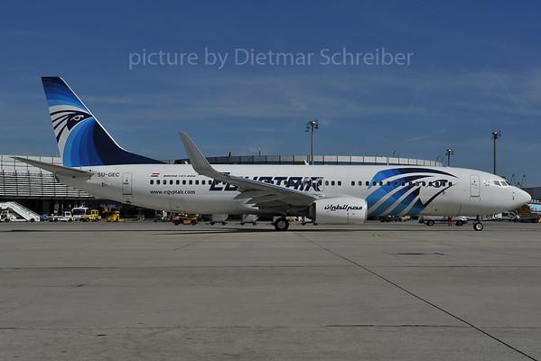 2012-04-27 SU-GEC Boeing 737-800 Egypt Air