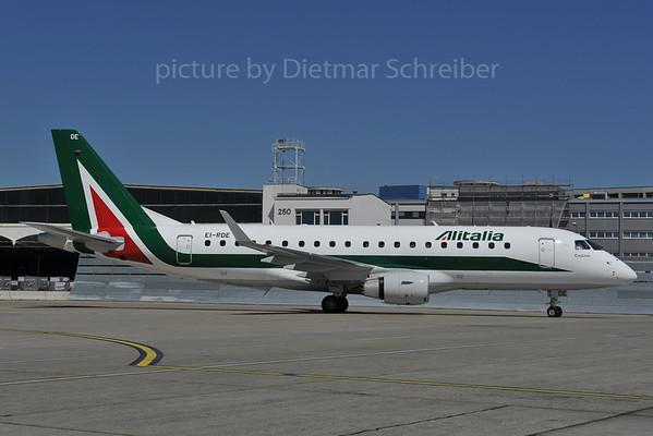 2012-04-30 EI-RDE Embraer 175 Alitalia