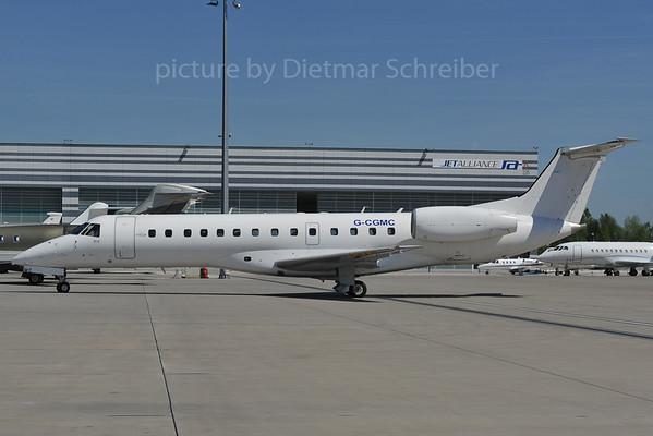 2012-04-27 G-CGMC Embraer 135