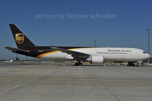 2012-04-30 N345UP Boeing 767-300 UPS