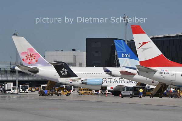 2011-06-29 Vienna Airport