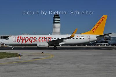 2011-09-30 TC-ARP Boeing 737-800 Pegasus Airlines