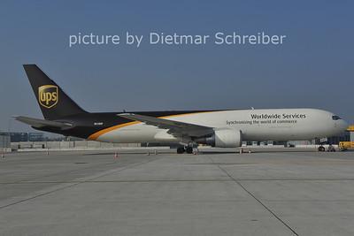 2011-10-31 N318UP Boeing 767-300 UPS