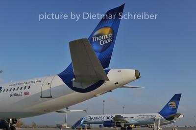 2011-11-29 G-DHJZ Airbus A320 Thomas Cook