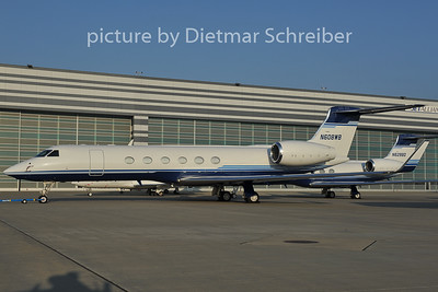 2011-11-29 N608WB Gulfstream 5