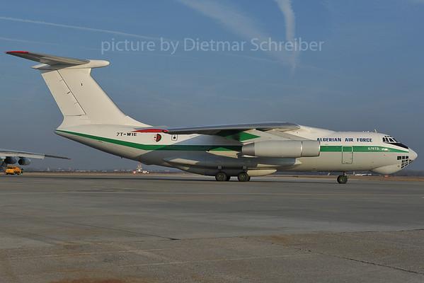 2012-01-27 7T-WIE Ilyushin 76 Algerian Air Force