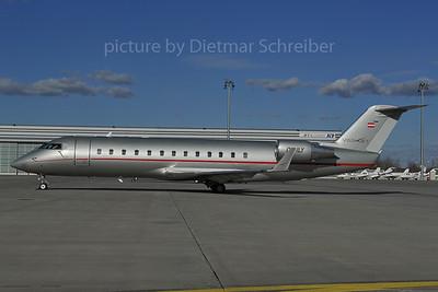 2012-02-27 OE-ILY Regionaljet 850 Vistajet