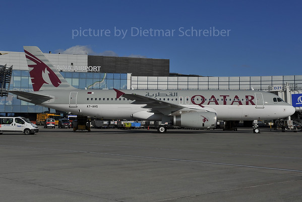 2012-02-27 A7-AHS Airbus A320 Qatar Airways