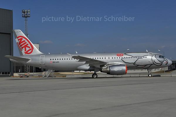 2012-03-28 OE-LEO AIrbus A320 Flyniki