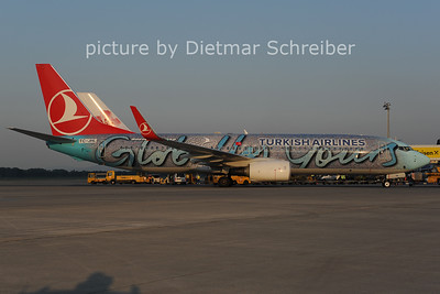 2012-07-27 TC-JHL Boeing 737-800 THY