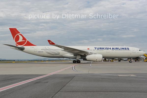 2012-08-29 TC-JNN Airbus A330-300 THY
