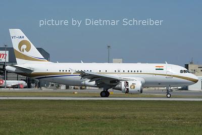 2012-08-28 VT-IAH Airbus A319