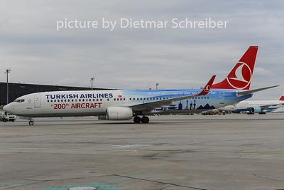 2012-11-30 TC-JYI Boeing 737-900 THY