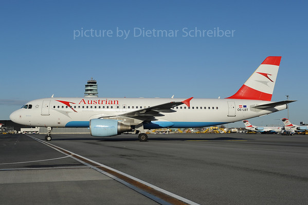 2013-01-31 OE-LBT Airbus A320 Austrian Airlines