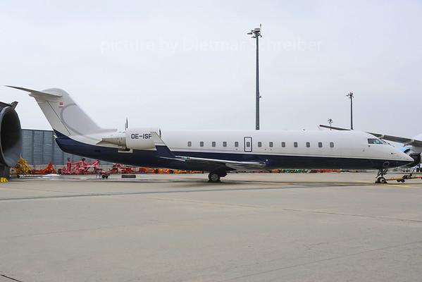 2013-02-27 OE-ISF Canadair Regionaljet 850