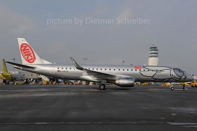 2013-03-29 D-ARJG Embraer 190 Flyniki