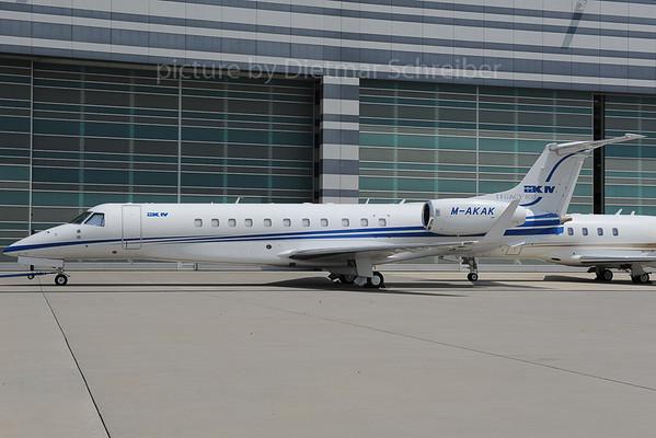 2013-06-28 M-AKAK Embraer 135