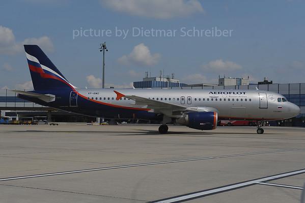 2013-06-28 VP-BWD Airbus A320 Aeroflot