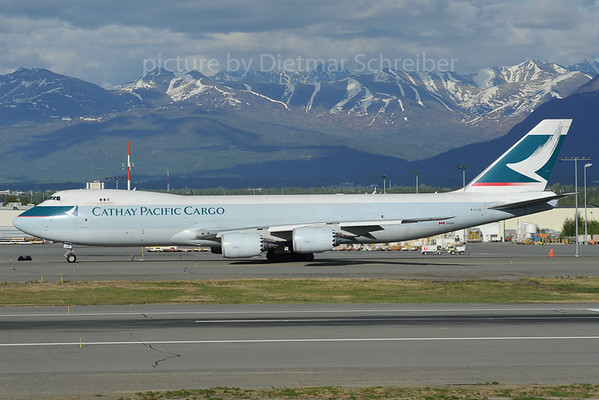 2013-06-05 B-LJG Boeing 747-8 Cathay Pacific