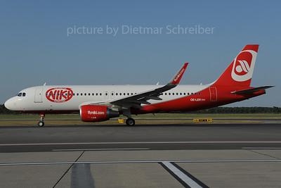 2013-07-29 OE-LER Airbus A320 Flyniki
