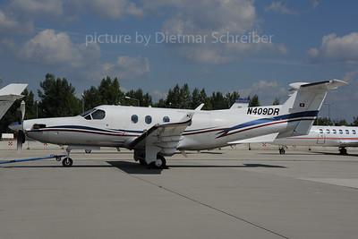 2013-08-29 N409DR Pilatus PC12