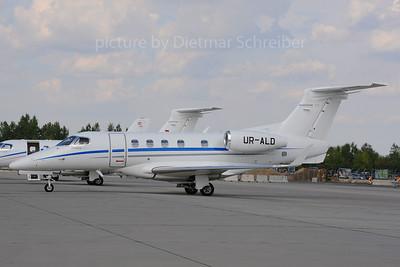 2013-08-30 UR-ALD Embraer 505 Phenom 300