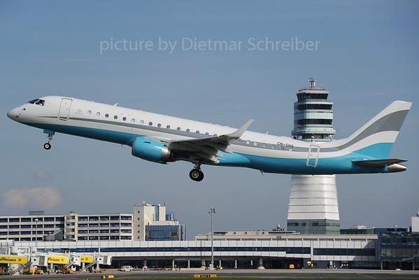 2013-09-28 CN-SHS Embraer 190
