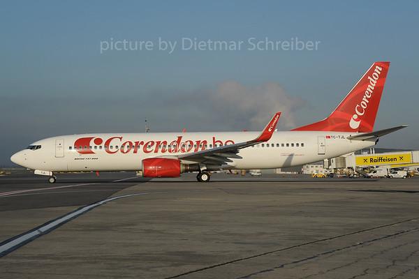 2013-10-31 TC-TJL Boeing 737-800 Corendom