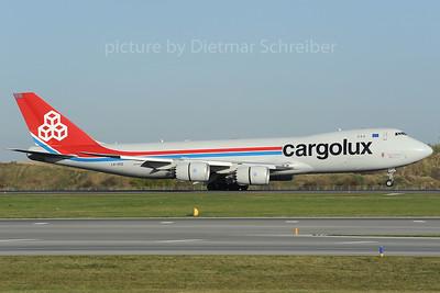 2013-10-31 LX-VCD Boeing 747-8 Cargolux