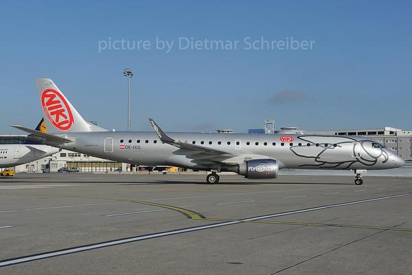 2013-10-31 OE-IXG Embraer 190 Flyniki