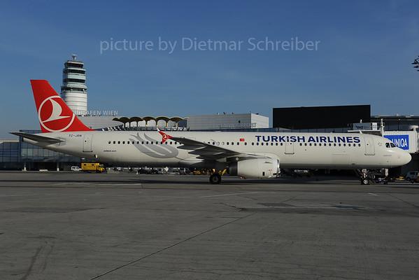 2013-12-03 TC-JRN AIrbus A321 THY
