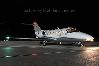 2013-12-09 OE-GHM Beech 400