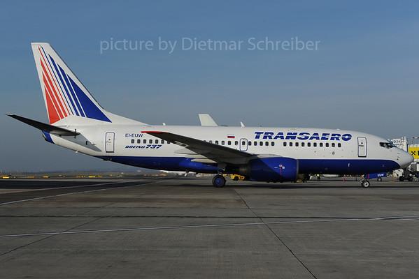2013-12-03 EI-EUW Boeing 737-700 Transaero