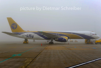 2014-01-18 EI-DUA Boeing 757-200 I-Fly