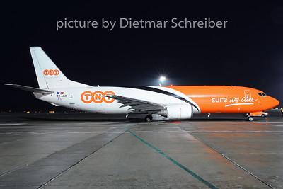 2014-01-24 OE-IAR Boeing 737-400 TNT