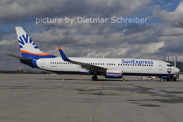2014-02-28 D-ASXF Boeing 737-800 Sunexpress