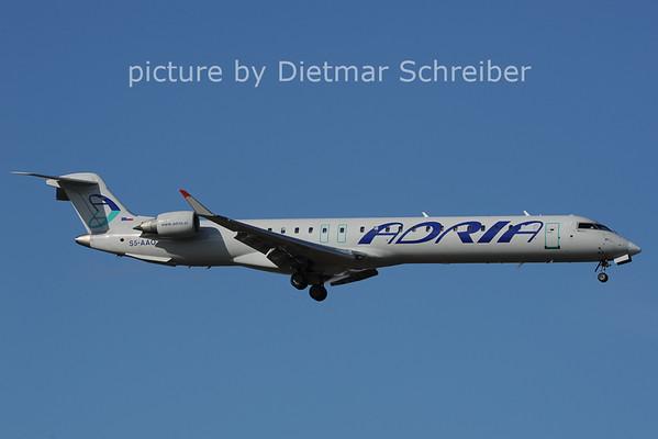2014-02-28 S5-AAO Regionaljet 900 Adria Airways