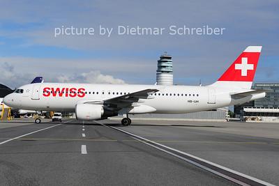 2014-05-30 HB-IJH AIrbus A320 Swiss