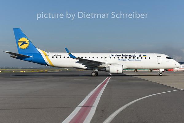 2014-08-29 UR-EMD Embraer 190 Ukraine International
