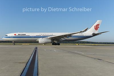 2014-08-29 B-55901 Airbus A330-300 AIr China