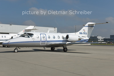 2014-09-29 HA-YFJ Beech 400