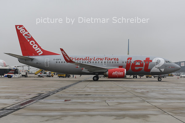 2014-11-28 G-GDGD Boeing 737-800 Jet 2