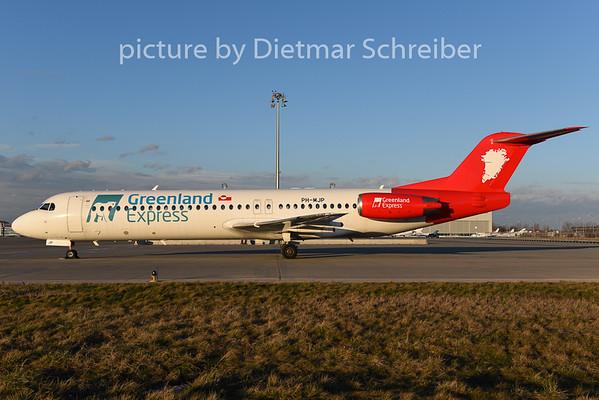 2015-01-31 PH-MJP Fokker 100 Greenland Express
