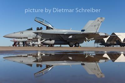 2015-02-11 168485 F18 US Navy