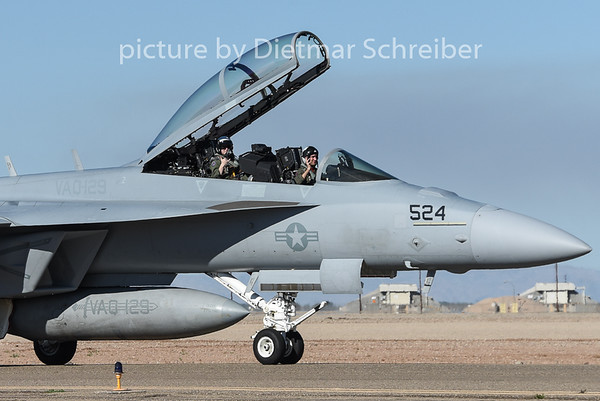 2015-02-11 168898 F18 US Navy