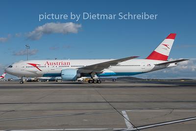 2015-03-30 OE-LPE Boeing 777-200 Austrian Airlines